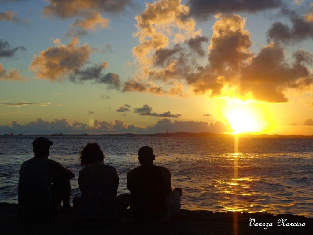 Salvador: Projeto Vamos ver o pôr do sol