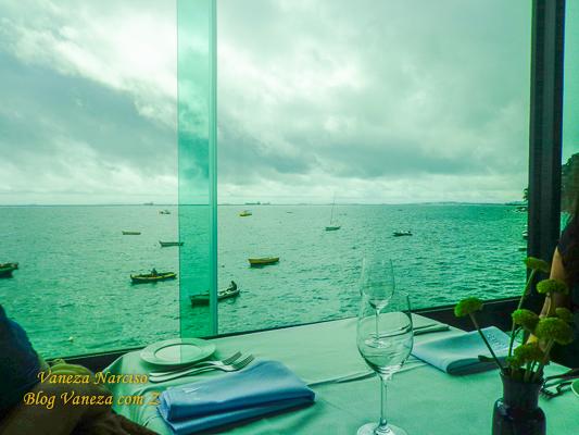 Restaurante Veleiro no Yatch Clube da Bahia, uma vista linda e ambiente maravilhoso!