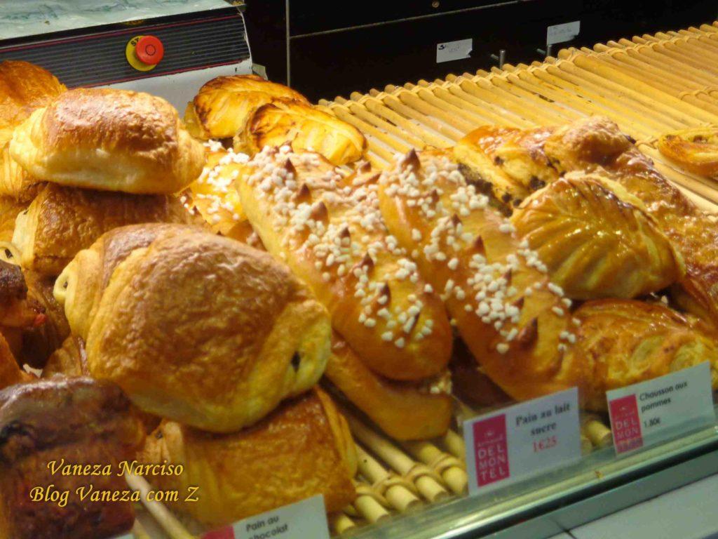 o que comer em paris brioche pain au chocolat